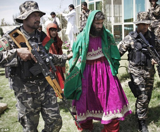 Pakistan Punjabi terrorist arrested in Afghanistna in ladies dress.