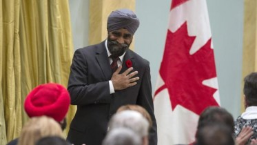 Canada Defense minister