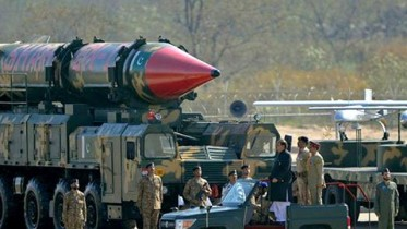 High risk of theft of Pakistan nuclear weapons