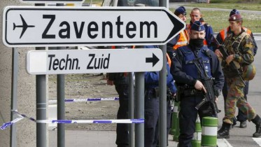 Brussels airport reopens