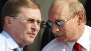 Putin dismisses powerful chief of staff