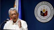 Philippines says to keep US ties