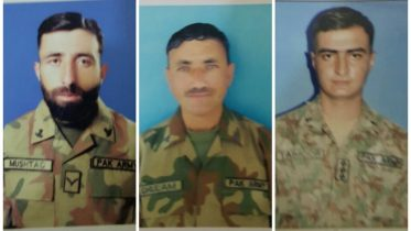 3 Pakistan Army soldiers killed