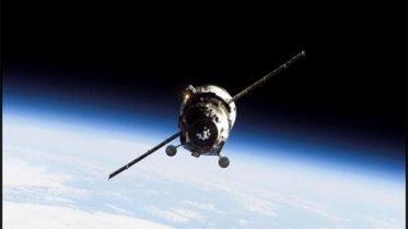 India to launch 100 satellites