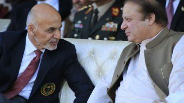 Pakistan shuts down border