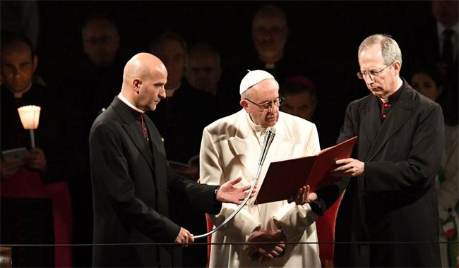 Pope blasts migrant suffering