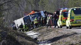 bus carrying school children crashes