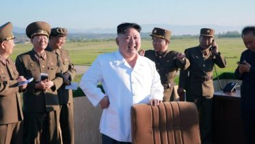 N Korea fires Scud missile into sea