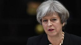 Britain´s May vows EU citizens