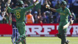 Pakistan Punish Errant England