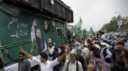 Pakistan: Nawaz Sharif ignores security warning,