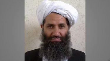 طالبانو مشر : افغانستان څخه د بهرنیو ځواکونو وتل سولې ته لار پرانیځي