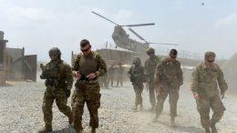 افغانستان ته رسېدونکي نوي امريکايي ځواکونه او الوتکې ښايي د جگړې انډول بدل کړي