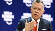 Jordanian king sees no Mideast peace without US role