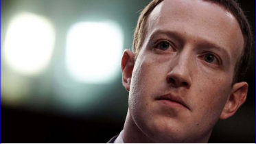 Zuckerberg accepts responsibility for data leak, says Facebook in 'arms race' with Russia